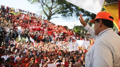 Maduro ordena acciones legales ante la CIJ por sanciones de EEUU a Conviasa