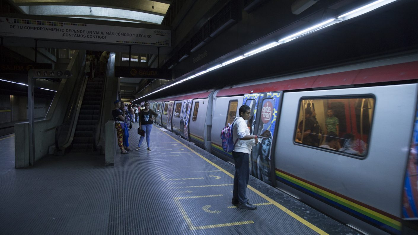 Posible riesgo de descarrilamiento en la estación El Valle del Metro de Caracas