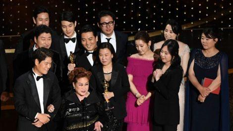 Presidente de Corea del Sur felicita a todo el equipo de «Parasite» tras ganar en los Óscar