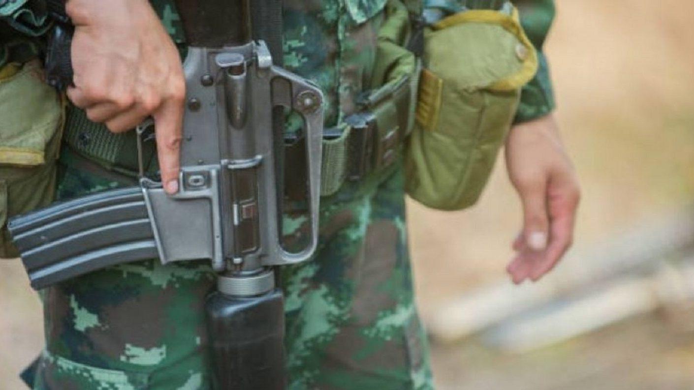 Soldado tailandés mata al menos a una docena de personas en un centro comercial