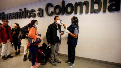 Gobierno implanta toque de queda en la frontera con Colombia