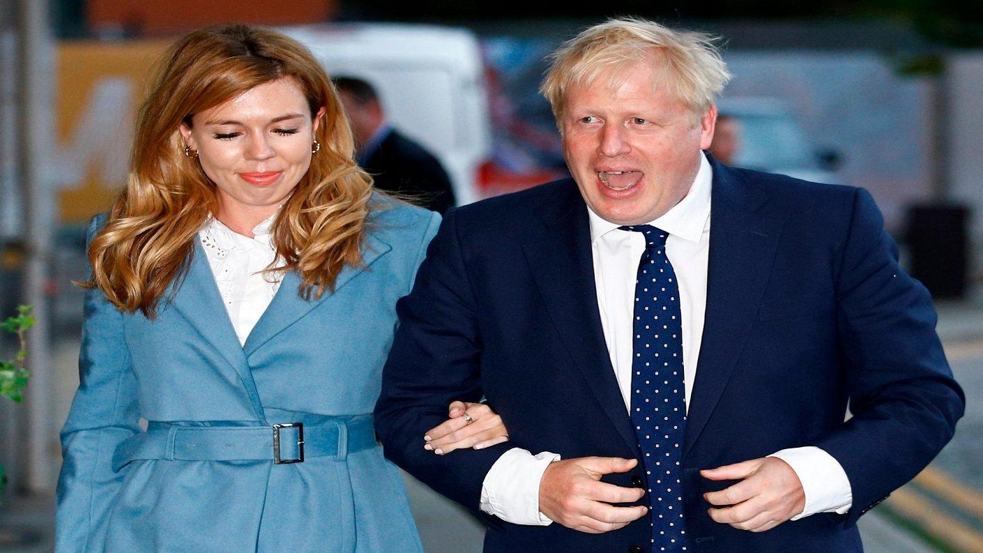 Boris Johnson y Carrie Symonds están en la dulce espera