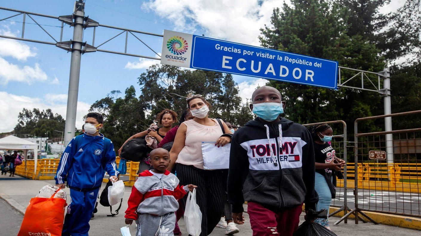 Ecuador redujo números de muertes por coronavirus a unas 10 diarias