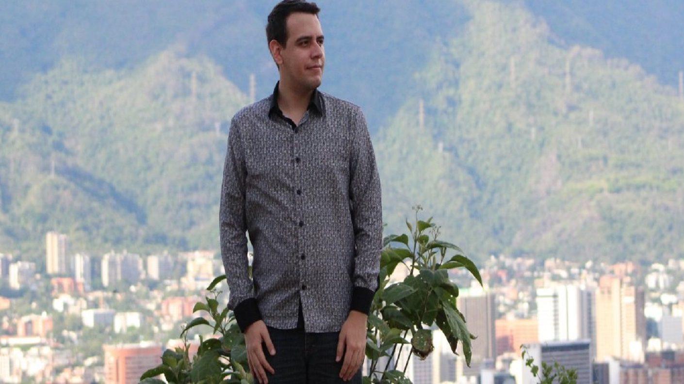 Faes detuvo al periodista Darvinson Rojas este sábado en su casa