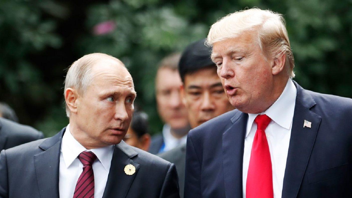 Trump habló con Putin sobre transición en Venezuela tras salida de Rosneft