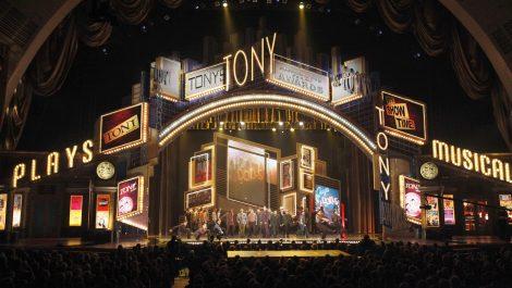 Pospusieron los premios Tony