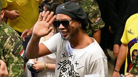 Ronaldinho ingresó a Paraguay con documentos falsos
