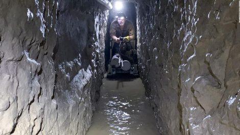 Descubren túnel repleto de droga en la frontera de México con EEUU