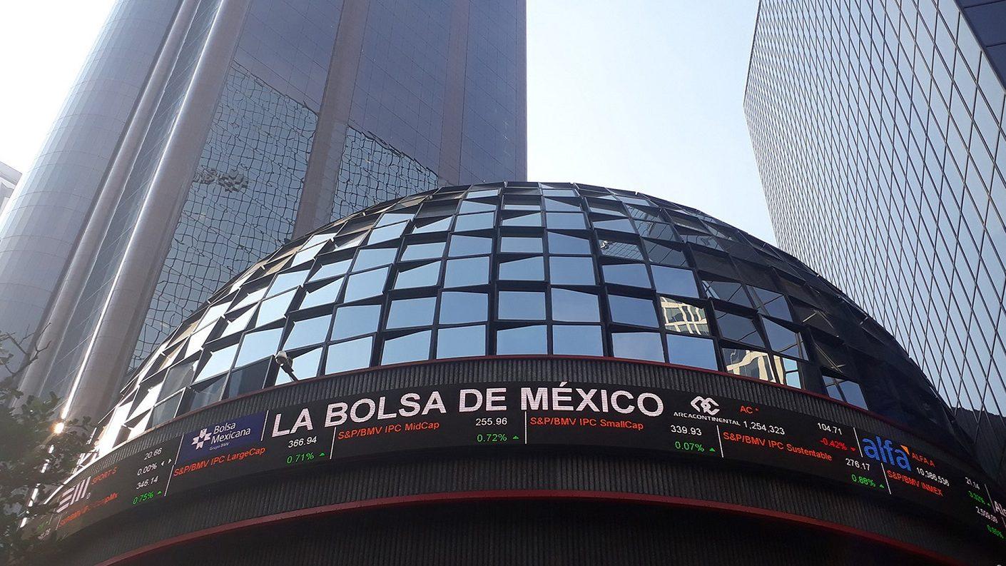 Murió presidente de la Bolsa Mexicana de Valores tras sufrir el virus