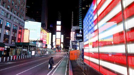 EE.UU rompe récord tras registrar casi 1.500 muertes en 24 horas