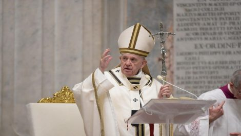 Papa Francisco: «Sean mensajeros de vida en tiempos de muerte»