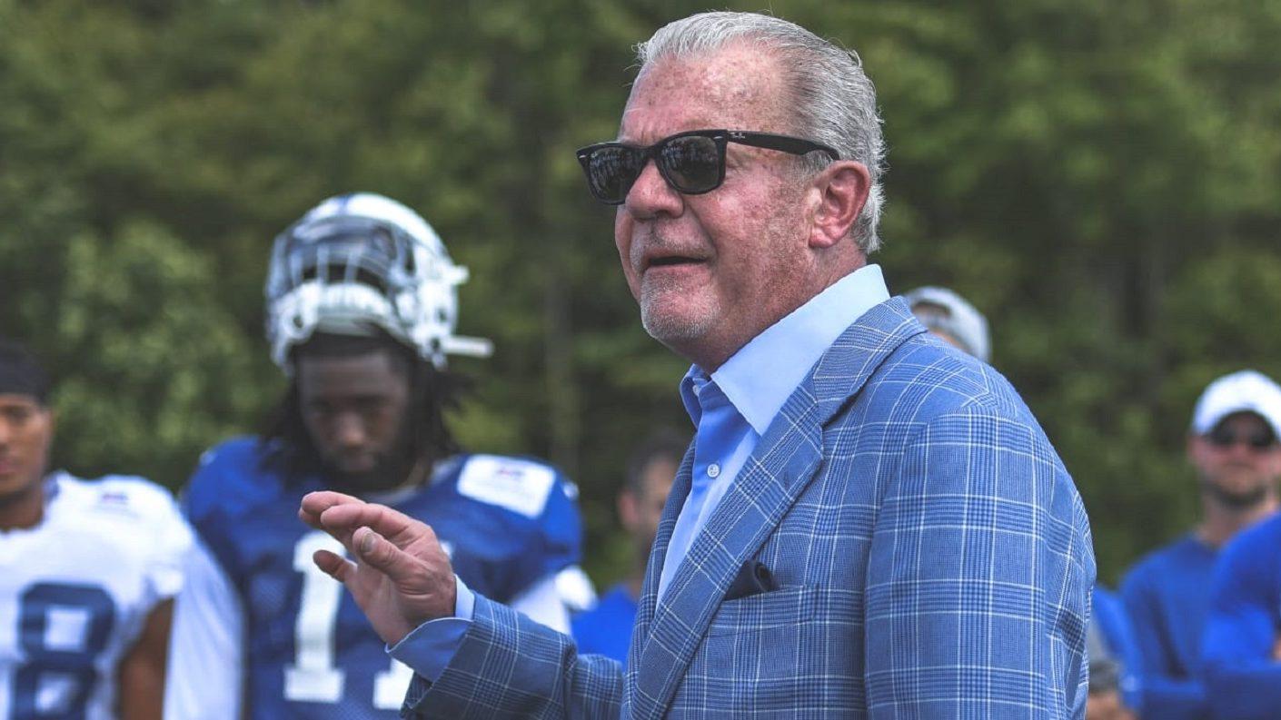 El dueño de los Colts realiza donación de 10 mil máscaras N95