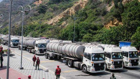 Arriban al país 252 cisternas de agua provenientes de China