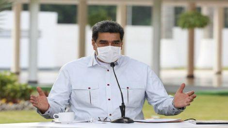 Maduro asegura que Duque ordenó «contaminar» con el virus al país