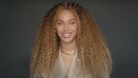 Beyoncé rechazó la intolerancia en mensaje a graduados