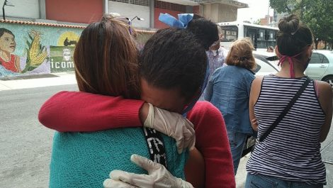Liberada periodista detenida en el Junquito por grabar a militares discutiendo