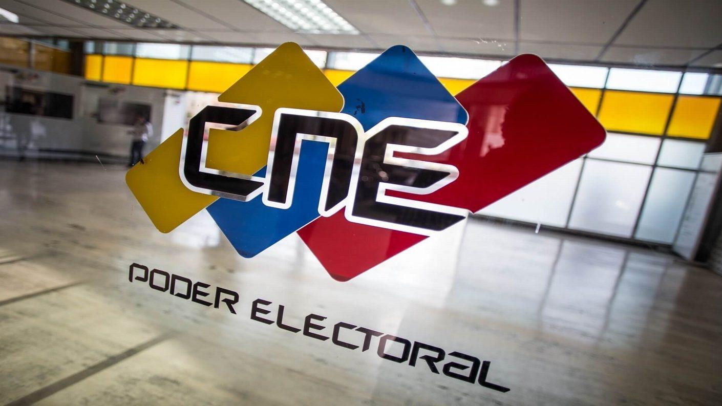 Vicepresidente del CNE informó que dio positivo para COVID-19