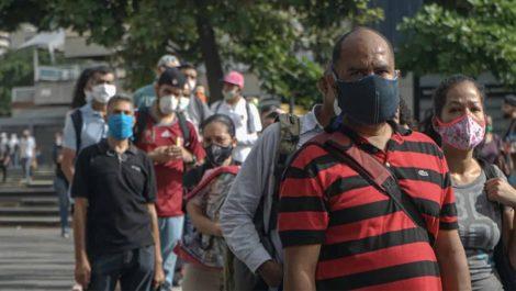 Residentes de Naiguatá protestaron porque no los dejaban celebrar a San Pablo (VÍDEO)