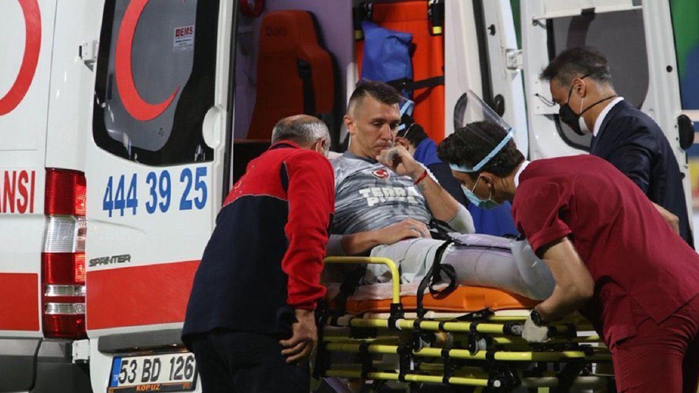 Fernando Muslera será operado este martes