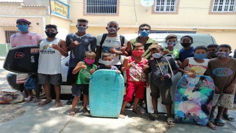 Venezuela surfea la pandemia con «La Ola Solidaria»