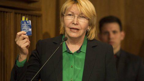 Ortega Díaz acusa a Iris Varela de robarse fondos para construcción de una cárcel