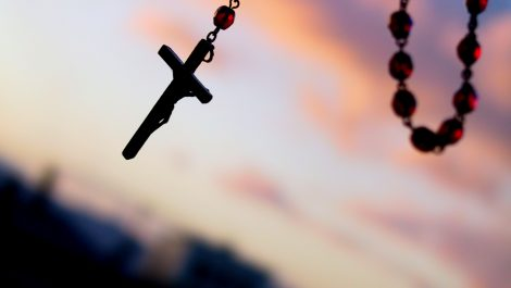 Unos 3000 niños fueron abusados por sacerdotes en Francia