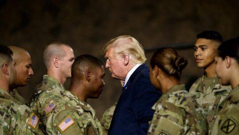 Trump impulsa solución militar mientras EEUU se prepara para más protestas