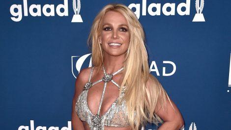 Britney Spears con su rutina de ejercicios para pasar la cuarentena