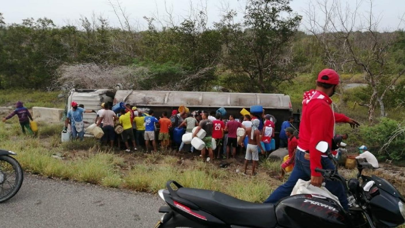Aumentan a 18 los muertos por explosión de camión cisterna en Colombia