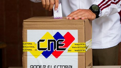 CNE escogió miembros de mesa para elecciones parlamentarias 6D
