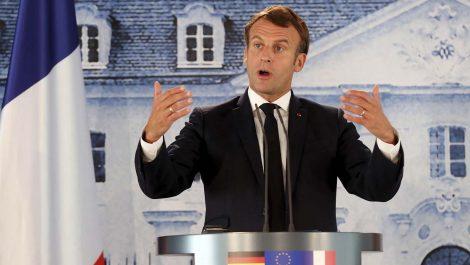 Gobierno de Francia presentó su dimisión luego del duro revés en las municipales