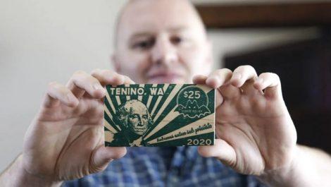 Tenino EEUU dinero propio covid-19