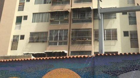 Capuchinos: hombre amaneció ahorcado en la ventana de su apartamento
