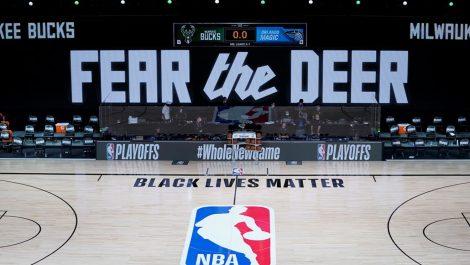NBA: Los jugadores deciden poner fin al boicot y continuar con los 'playoffs'