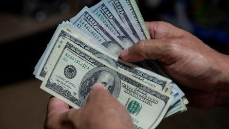 Salario mínimo del venezolano ya quedó en menos de un dólar