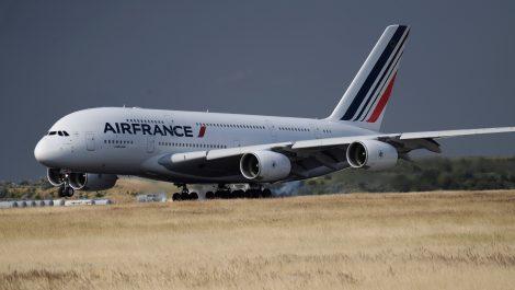 Air France suspende «temporalmente» sus operaciones en Venezuela