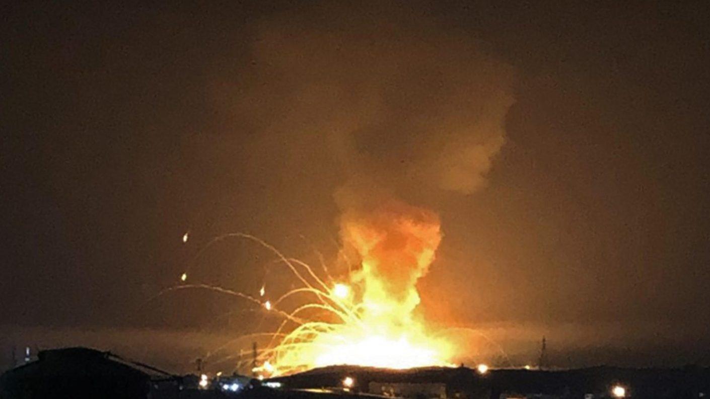 Una serie de explosiones sacude un depósito de armas en Jordania (+VIDEO)