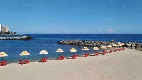 Ministro de Turismo escuchó el planteamiento de un anteproyecto de reapertura de playas