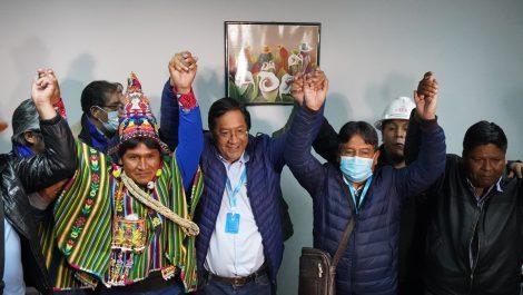 Luis Arce, candidato del MAS, celebra su triunfo en Bolivia