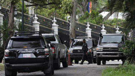 Registran un edificio de viviendas del personal diplomático español en Caracas