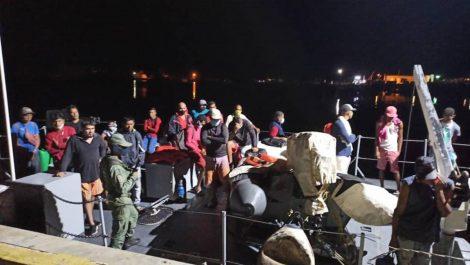 Régimen de Maduro interceptó dos botes con al menos 63 balseros venezolanos