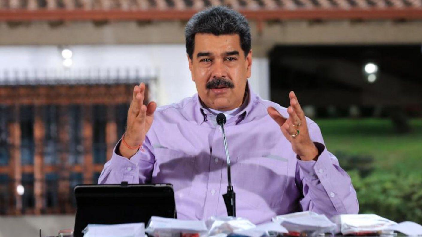 Maduro anuncia nuevo plan de regularización del suministro de gasolina
