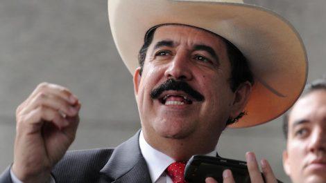 Pillado Manuel Zelaya con 18.000 dólares en una mochila