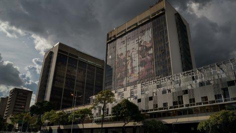 Condenan a prisión a seis exdirectivos de Citgo