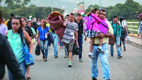 Jefe de ACNUR: migración venezolana es histórica y sin precedentes en la región