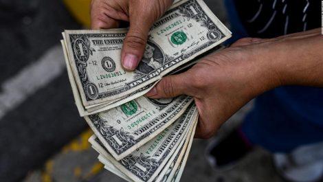 Estas son las razones por las que no hay vuelto en dólares