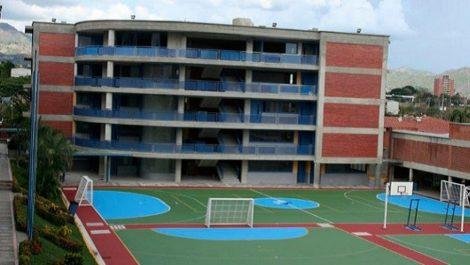 Guatire: adolescente se quitó vida lanzándose del cuarto piso de su liceo