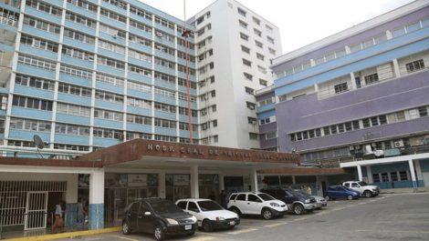 Hurtaron al menos seis carros del estacionamiento del hospital Pérez Carreño