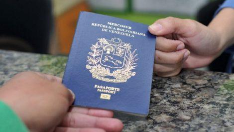 Estos son los precios de pasaportes para niños y adolescentes