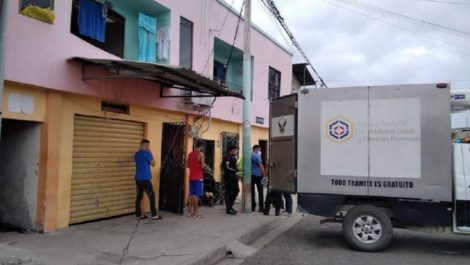 Ecuador: asesinaron a un venezolano y a su hijo de 7 meses dentro de su casa